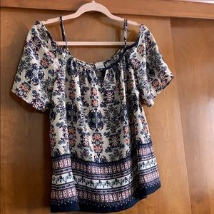Off-the-Shoulder Top, Size M